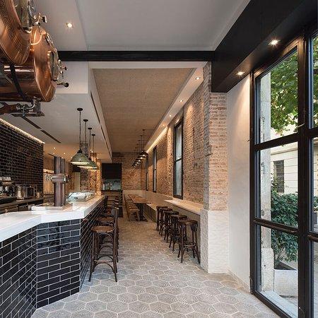 El viti taberna barcellona eixample ristorante for Case vacanza barceloneta