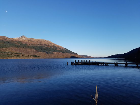 Loch Lomond and The Trossachs National Park, UK: Tarbet, Loch Lomond.  View to Ben Lomond