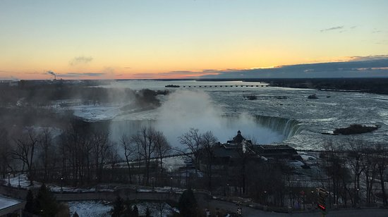 Oakes Hotel Overlooking the Falls: View from room 1128. Morning of 1st Jan 2017.