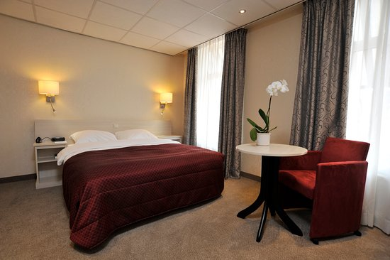 Hotel Lion D'Or: Luxury Single Room