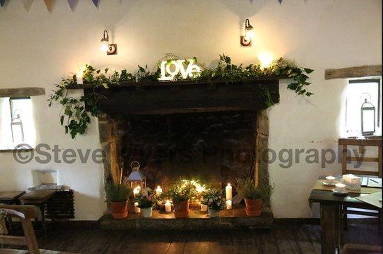 Appletreewick, UK: Beautiful fireplace
