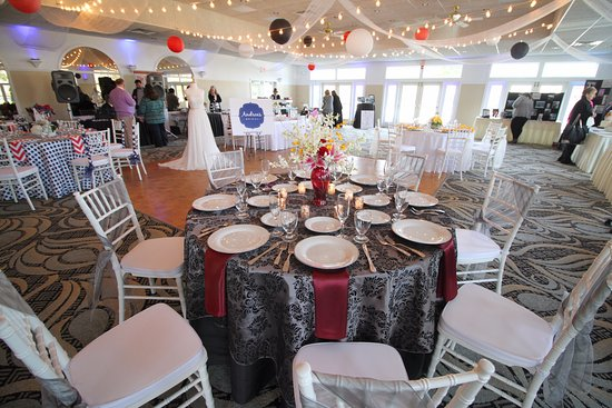 Village By The Sea Maine Ballroom For Wedding Receptions