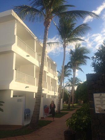 Apartamentos Fariones Photo