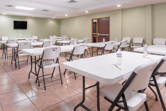 Rainsville, AL: Meeting Room