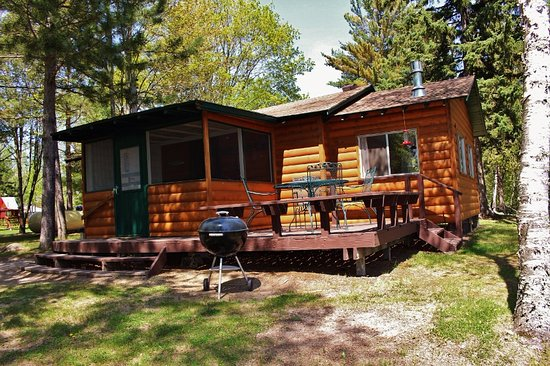 Bigfork, MN: Classic cabins: remodeled, very modern and clean! 2-3 bedrooms
