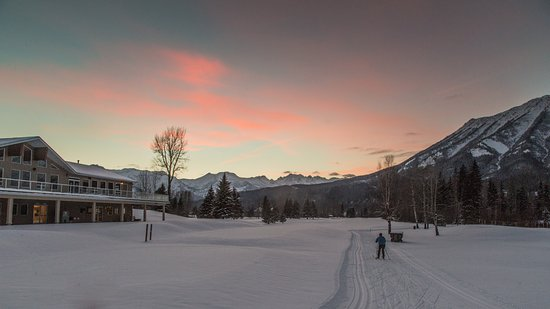 Nordic Skiing at Fernie Golf & Country Club in winter