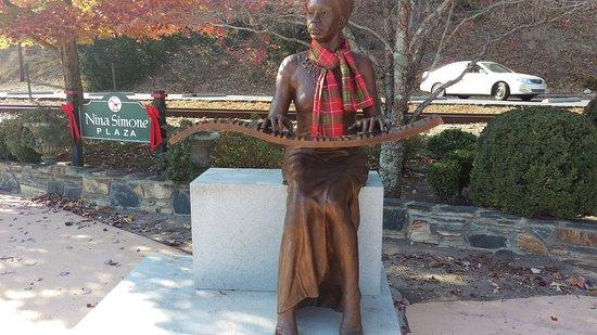 Tryon, Βόρεια Καρολίνα: Nina Simone Plaza