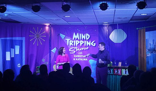 We love performing the mind tripping show!