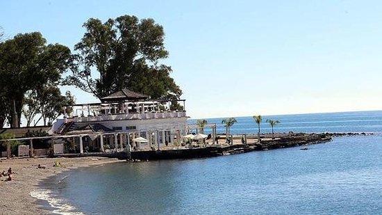 Hotel Domus: El balneario, playa y restaurante