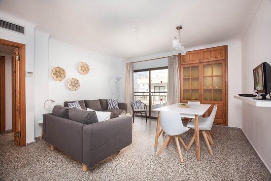 Apartamentos Bahia: Comedor apartamento de 3 dormitorios sin vista mar