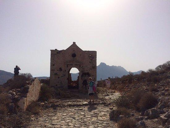 Trachilos, Grecia: старая церковь