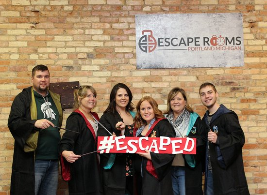 Portland, MI: Successful escape artists from the Dumbledore room!