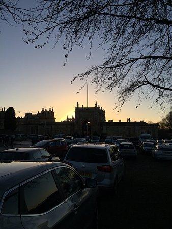 Γούντστοκ, UK: Sunset behind the Palace