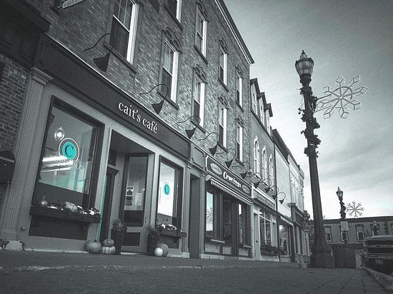 Goderich, Canada: Cait's Cafe on the Square