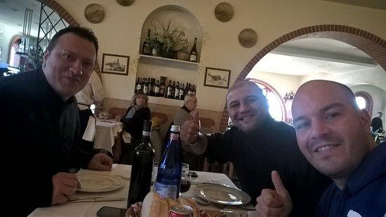 Trattoria al Gufo Nero: pranzo tra amici
