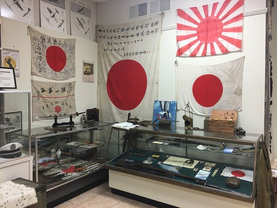 Portage, Wisconsin: Wow!  So impressed with the variety of the collection and the knowledge of the owners! Don't let