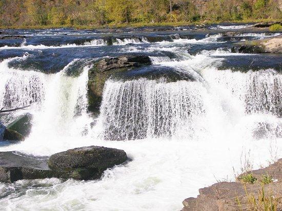 New River Gorge: Sanstone Falls