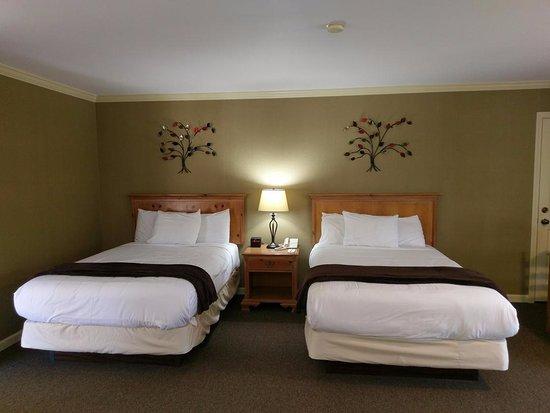 Sea Pines Golf Resort: Double Beds - Standard Room