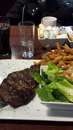 Hawkesbury, Canada : AAA steak as good - if not better than - as any steakhouse ever visited