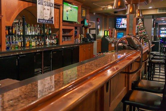 Sands Inn & Suites: Lounge Bar