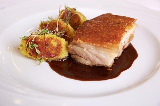 Los Robles: Panceta de cerdo crocante, confitada en su jugo