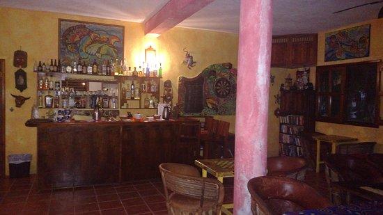 Mayan Beach Garden: bar