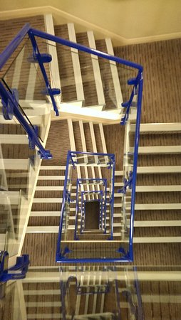 Premier Inn London Tower Bridge Hotel: Staircase