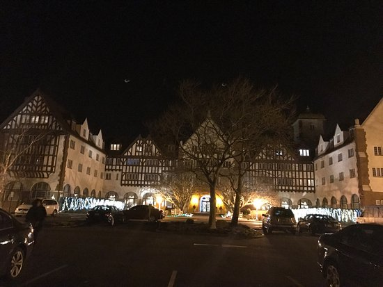 Montauk Manor: photo0.jpg