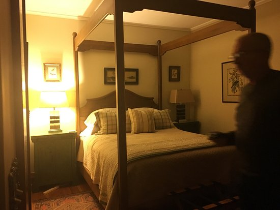 Catalina Park Inn Bed and Breakfast : photo0.jpg