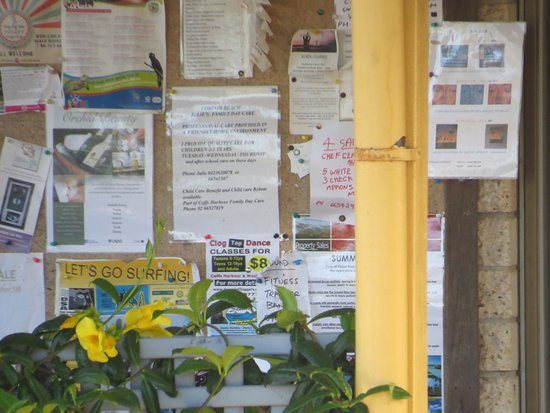 Mullaway, Australia: Community notice board at the front.