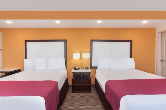 Ramada Culver City: Standard Double Bed Room