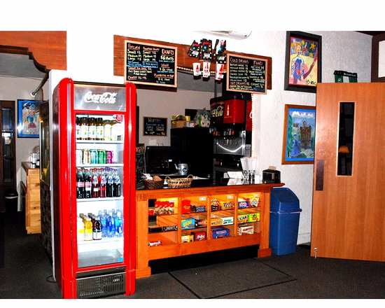 Eugene, OR: Snack Bar at Bijou Art Cinemas
