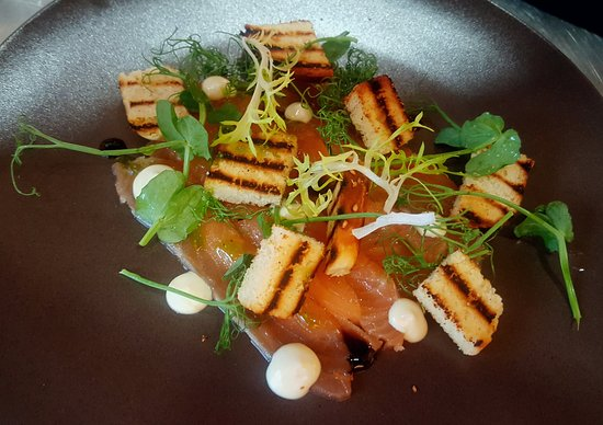 Kennford, UK: Home cured salmon. Charred brioche and aoli