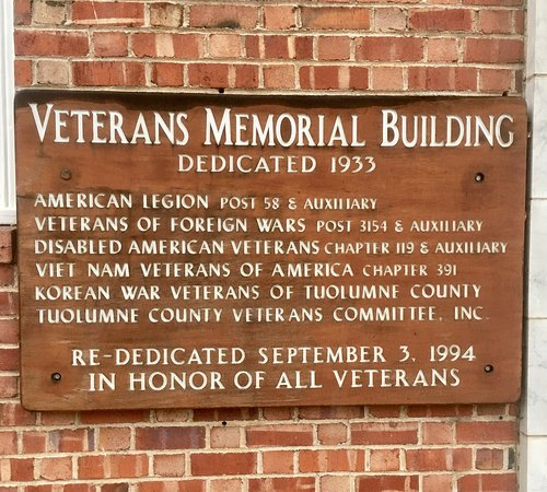 Veterans Memorial Hall & Military Museum - Picture of