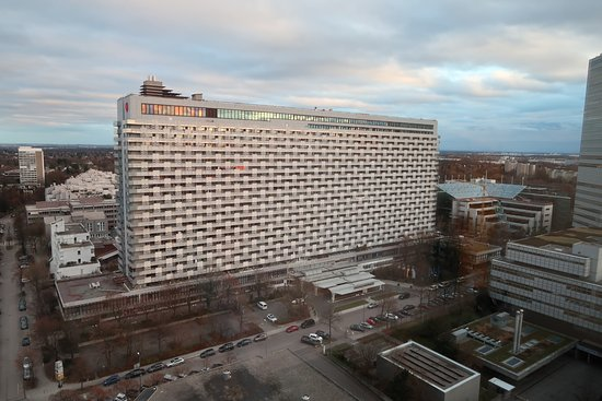 The Sheraton Viewed From The Nearby Westin Grand Bild Von