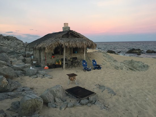 Los Frailes, Mexiko: Stone Beach Cottage, with ability to grill the fish you catch in the ocean
