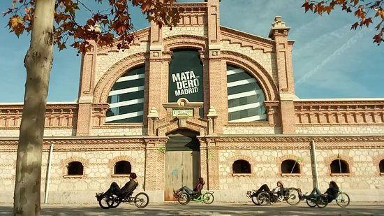 Community of Madrid, Spain: Paseando frente a una de las naves del Matadero.
