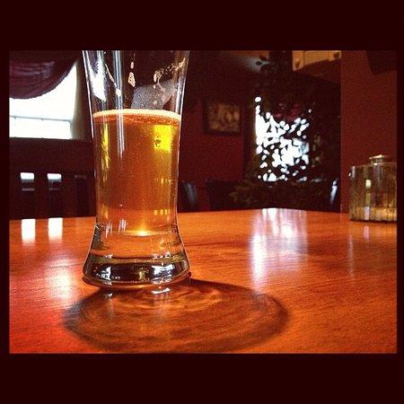 Aurora, OH: Happy Hour
