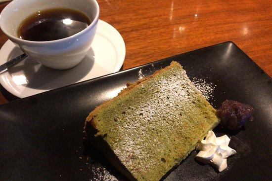 Yukuhashi, Japan: 昨年12月20日にランチにうかがいました。 生パスタは最高ですね。 いちごのタルトは、マルシェで買って帰りました。