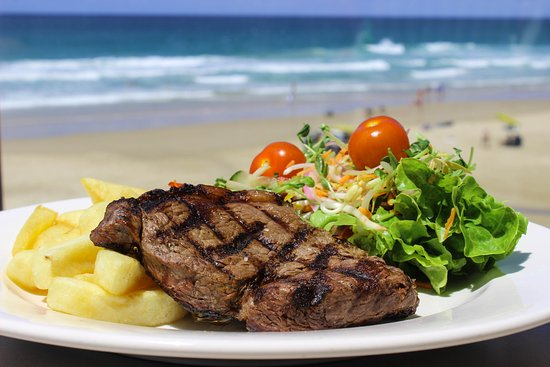 Coolum Beach, Australien: Juicy Rump steak for the wood fired char grill