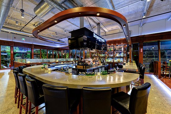 U shaped bar picture of demeters steakhouse portsmouth