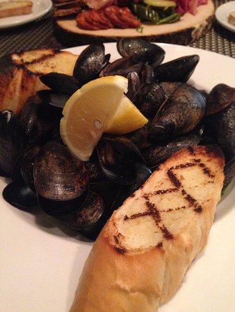 Bethel, ME: PEI Mussels