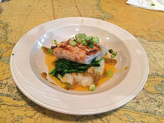 Lily's Seafood: Monkfish over mashed potatoes
