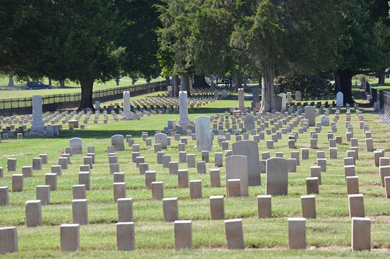 Franklin, TN: Civil War Cemetery