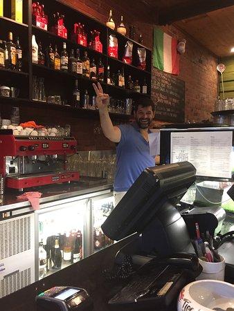 Zanini Pizzeria: Cheerful Maurizio-the owner