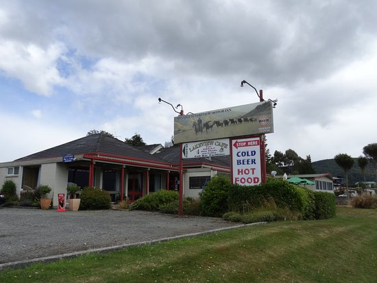 Manapouri lakeview motor inn restaurant for Manapouri lakeview motor inn