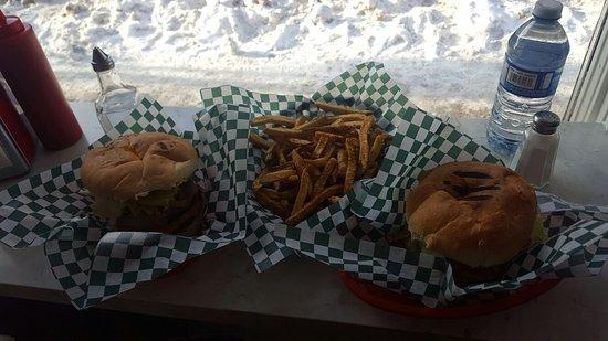 Flipp'n Burgers: IMG-20170110-WA0006_large.jpg