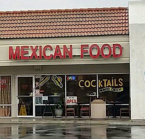 Stanton, CA: Sombrero's