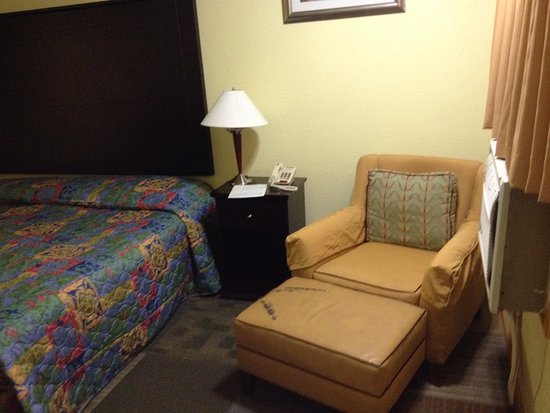 Alpine, TX: Chair and Bed