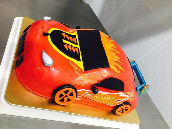 Groovy Racing Car 3D Birthday Cake Picture Of Passion Restaurant Funny Birthday Cards Online Elaedamsfinfo